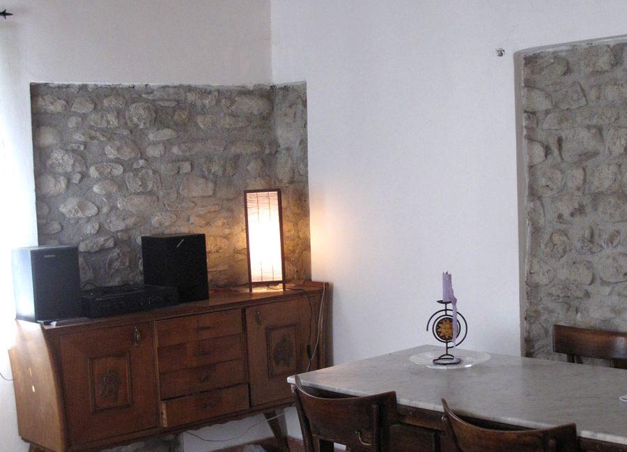 6-livingroom-02