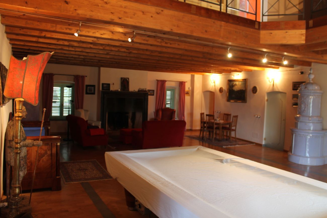 BERCETO – LUXURY APARTMENT IN THE HISTORICAL CENTER