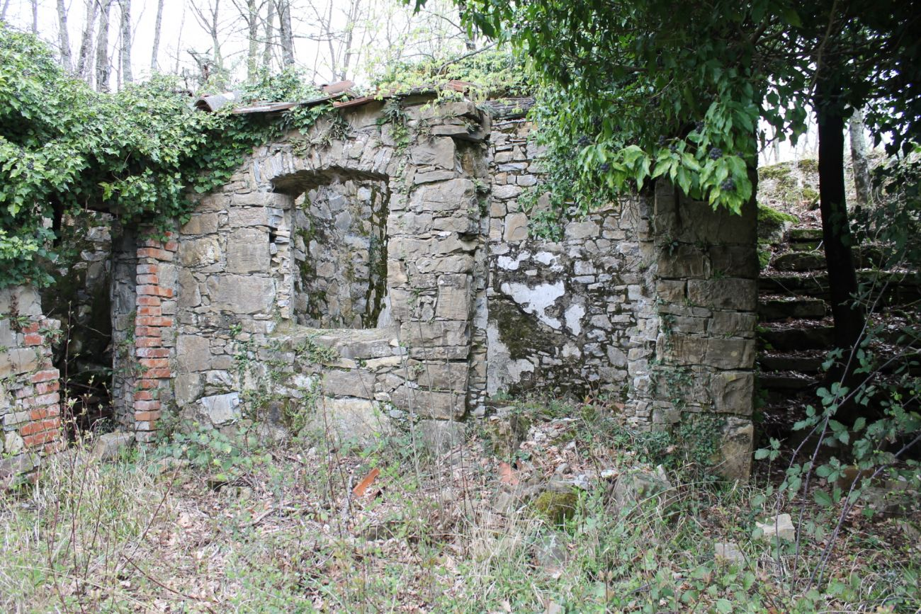 PONTREMOLI – RUSTIC HOUSE STONE TO REBUILD VIEW OF THE APUAN ALPS
